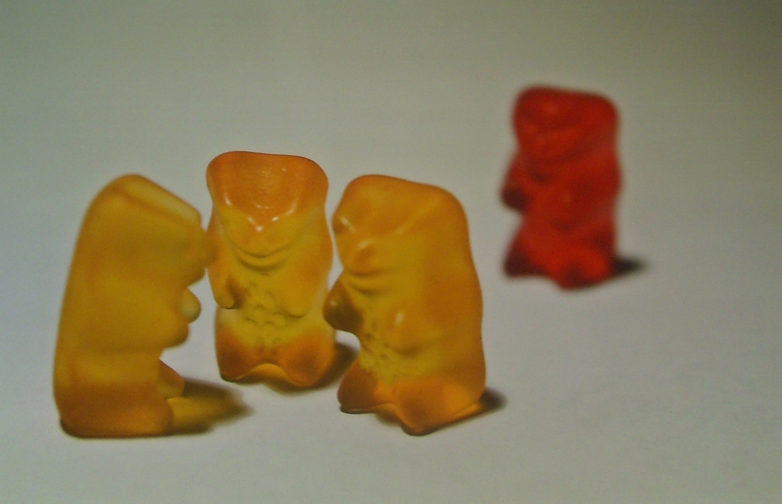 gummy-bears-exclusion